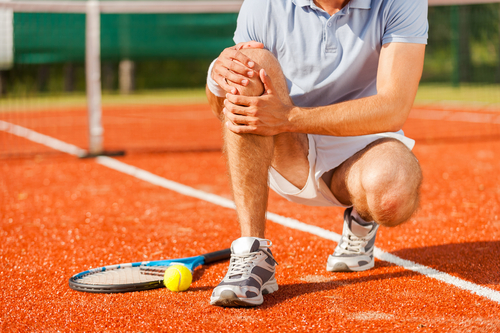 Tennis players can benefit from chiropractic care for athletes.